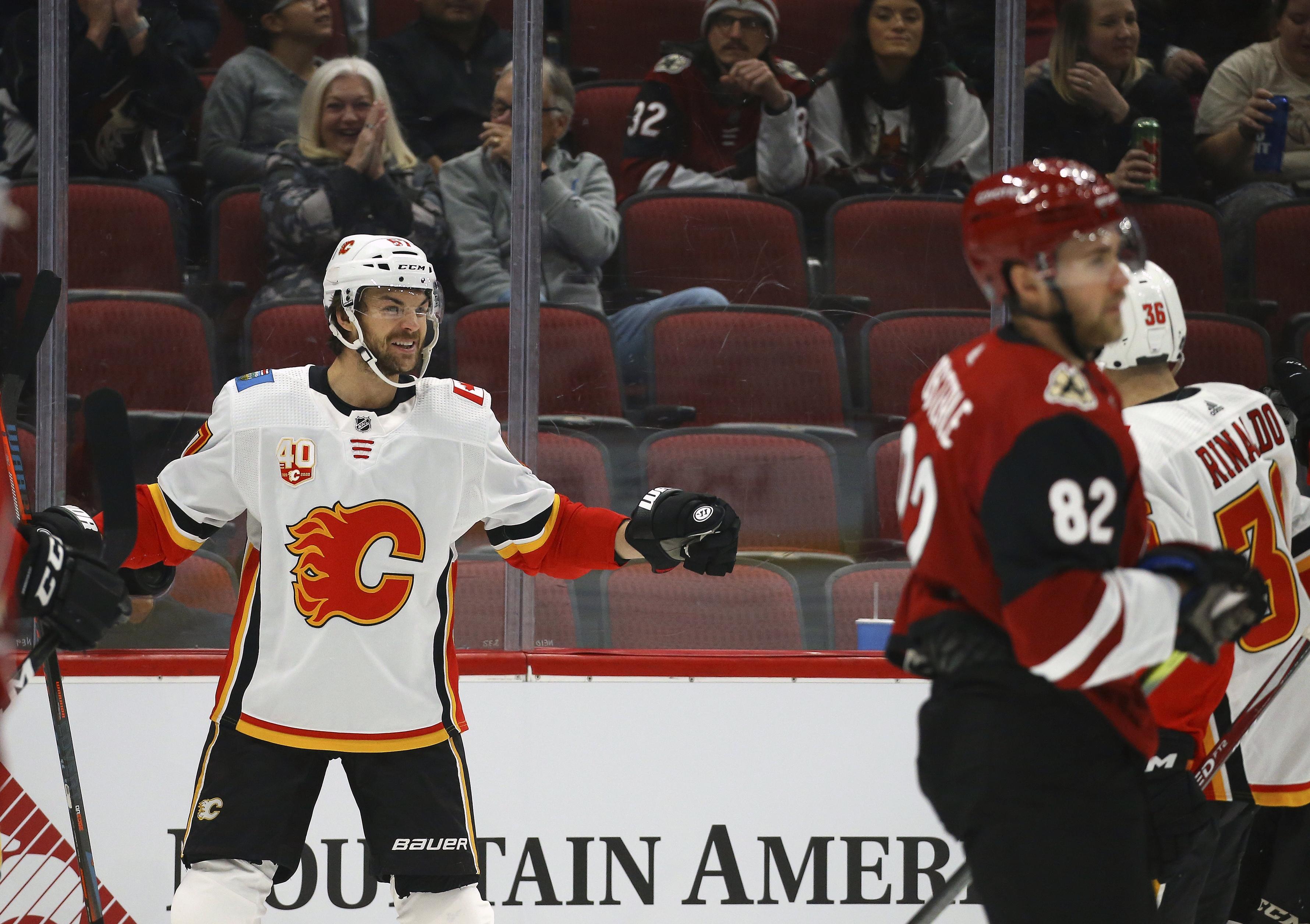 Sabres trade Scandella to Montreal; acquire Flames' Frolik