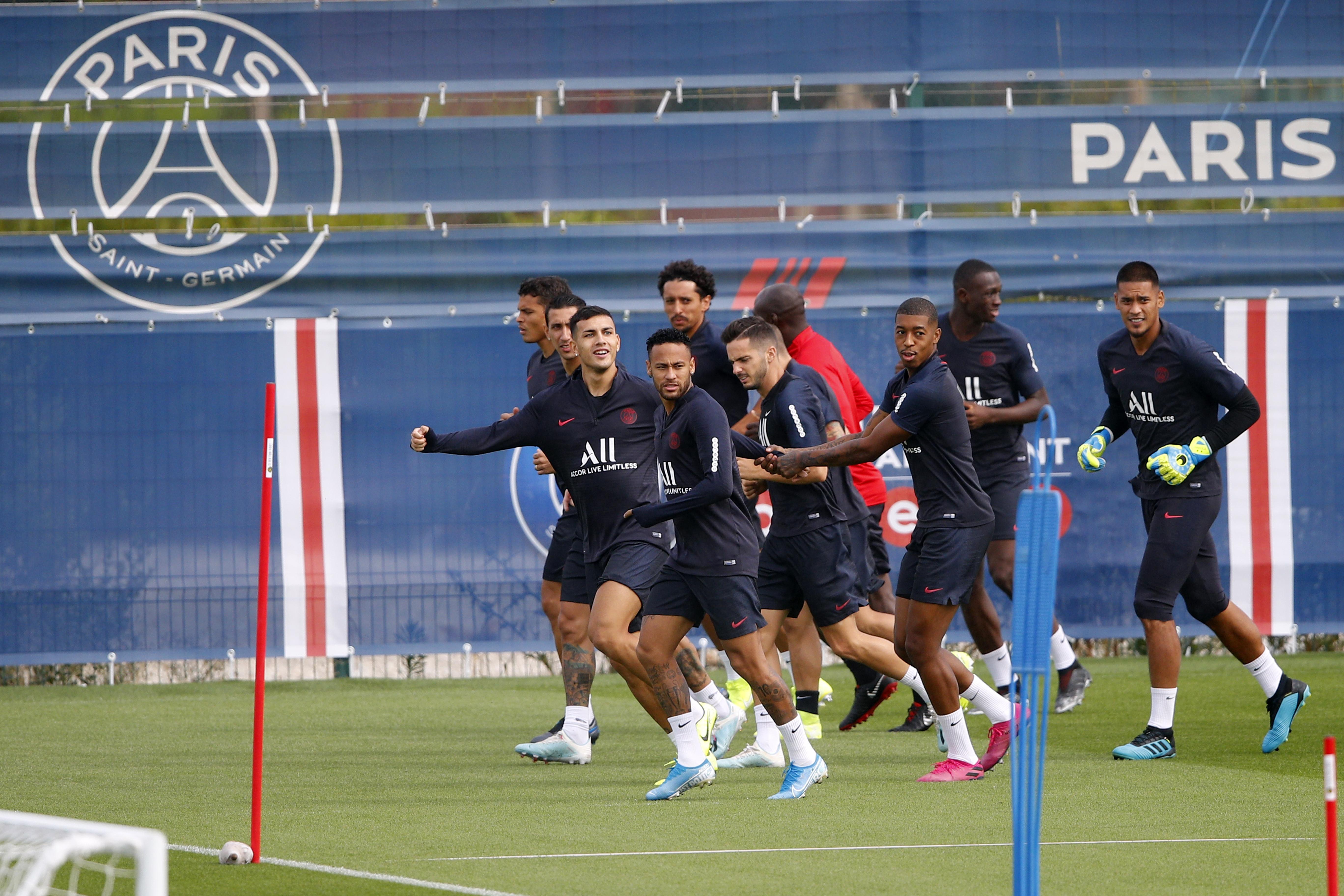 Neymar to miss start of French league amid transfer talk