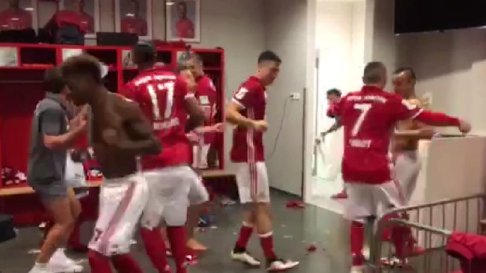 Watch Bayern Munich celebrate Bundesliga title with the Running Man Challenge