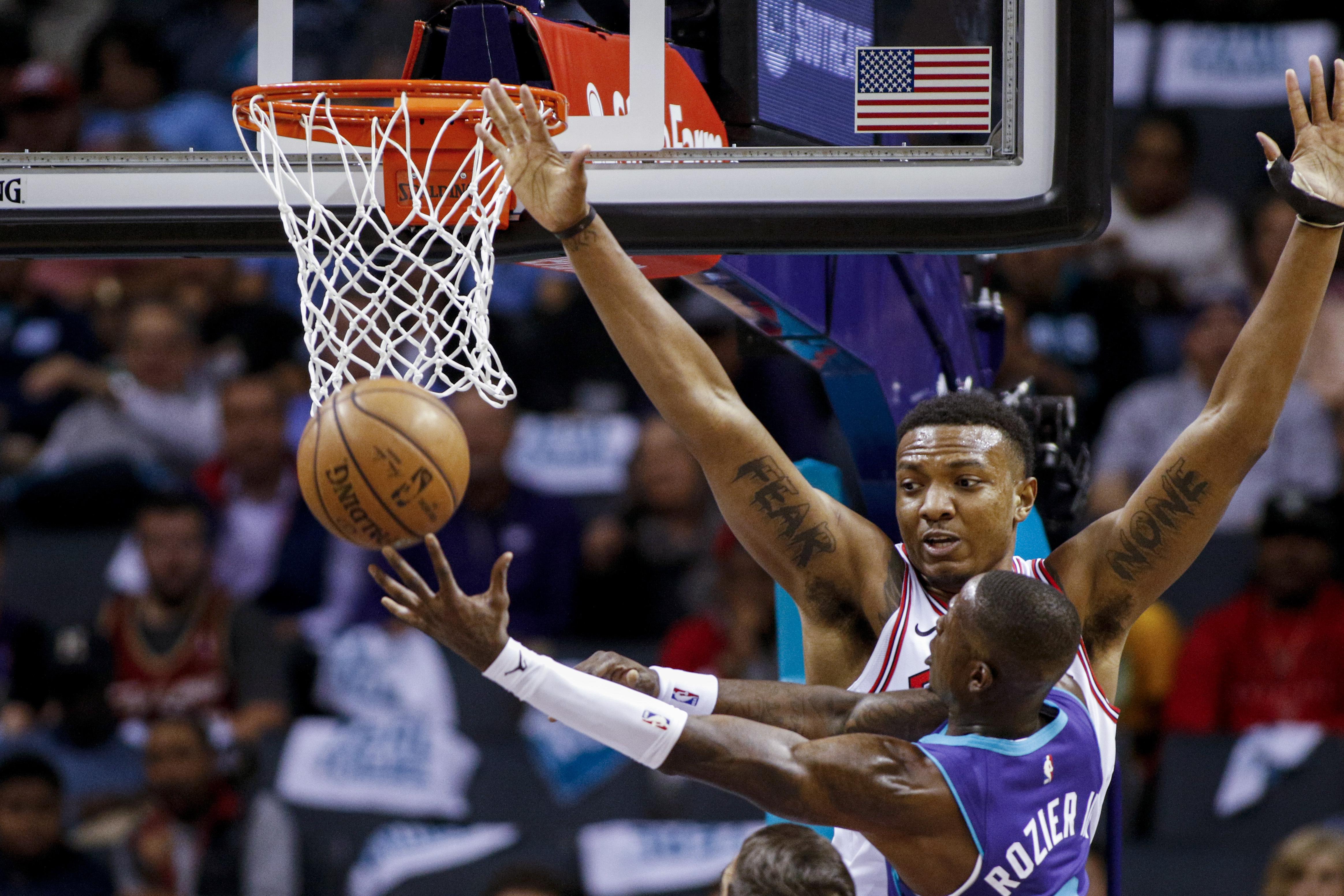 Hornets rookie Washington nets 27 in 126-125 win over Bulls