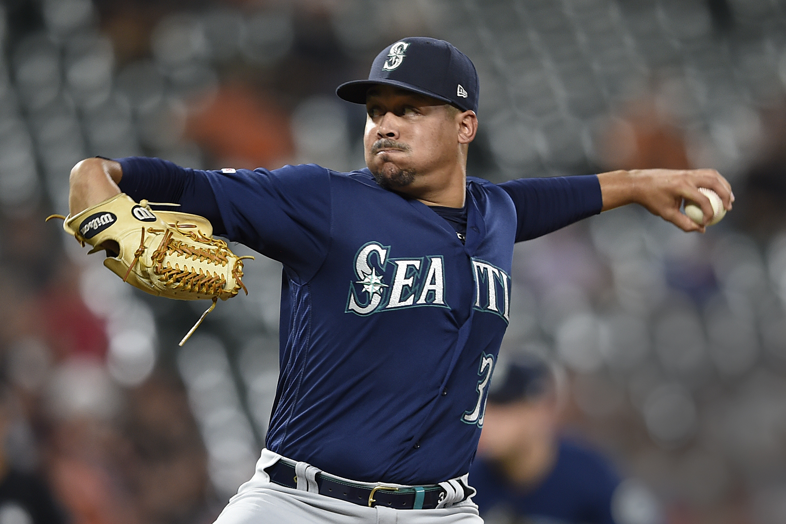 Smith's sprint in 13th to lift Mariners over Orioles 7-6