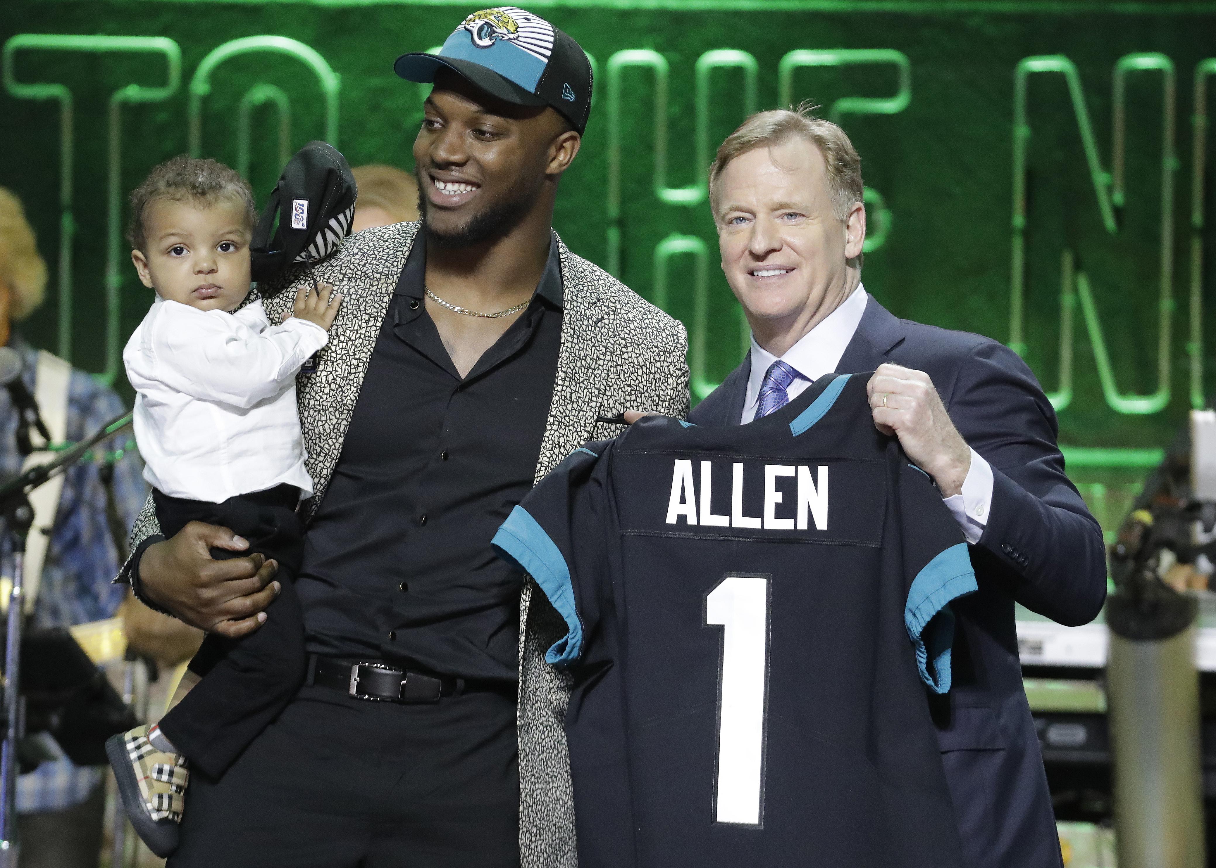 Jaguars add to defense by drafting Kentucky's Josh Allen