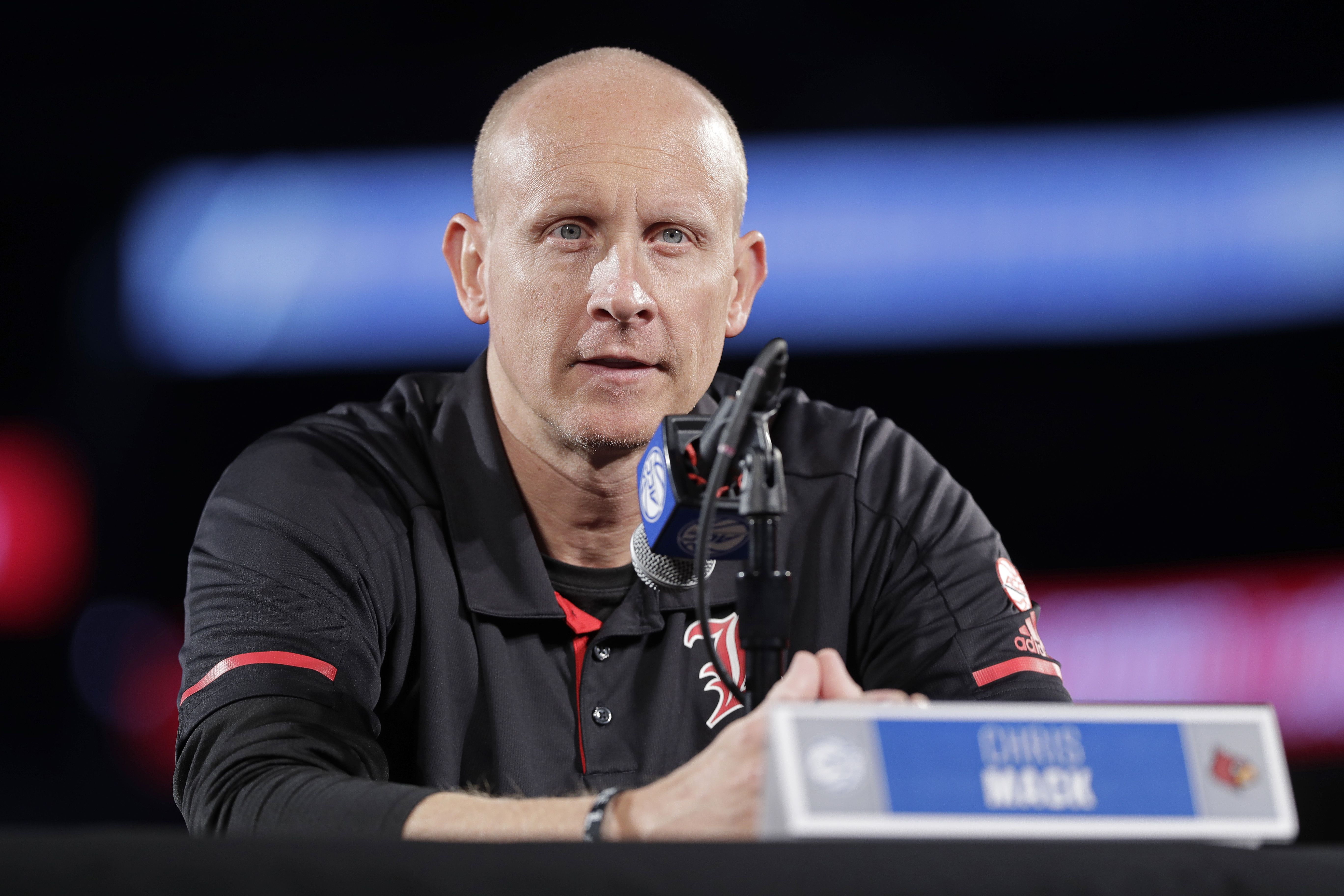 Louisville counting on Mack to guide team back from scandals