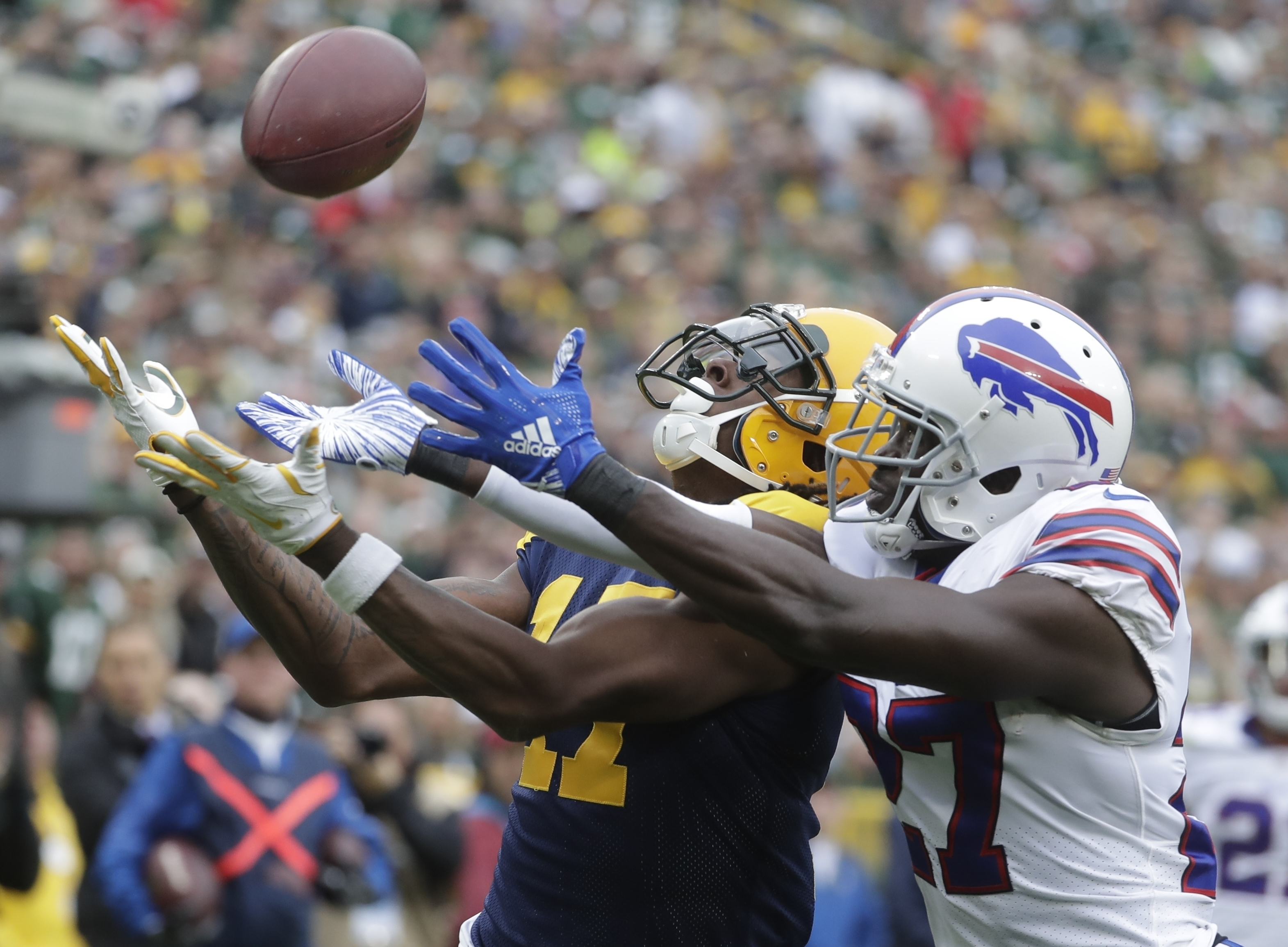 White has plenty weighing on him as Bills prepare for Texans