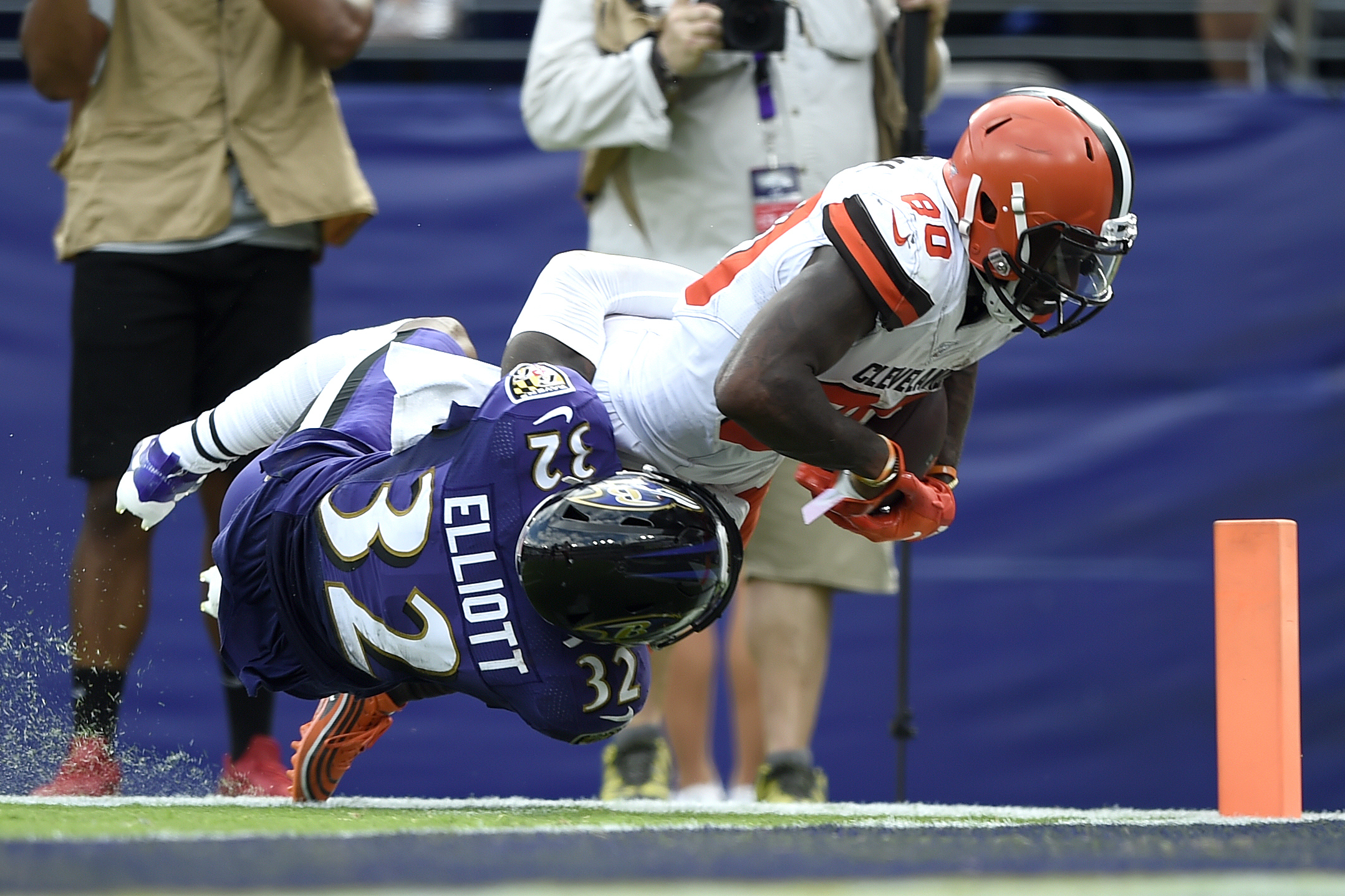 Browns WR Jarvis Landry still in concussion protocol