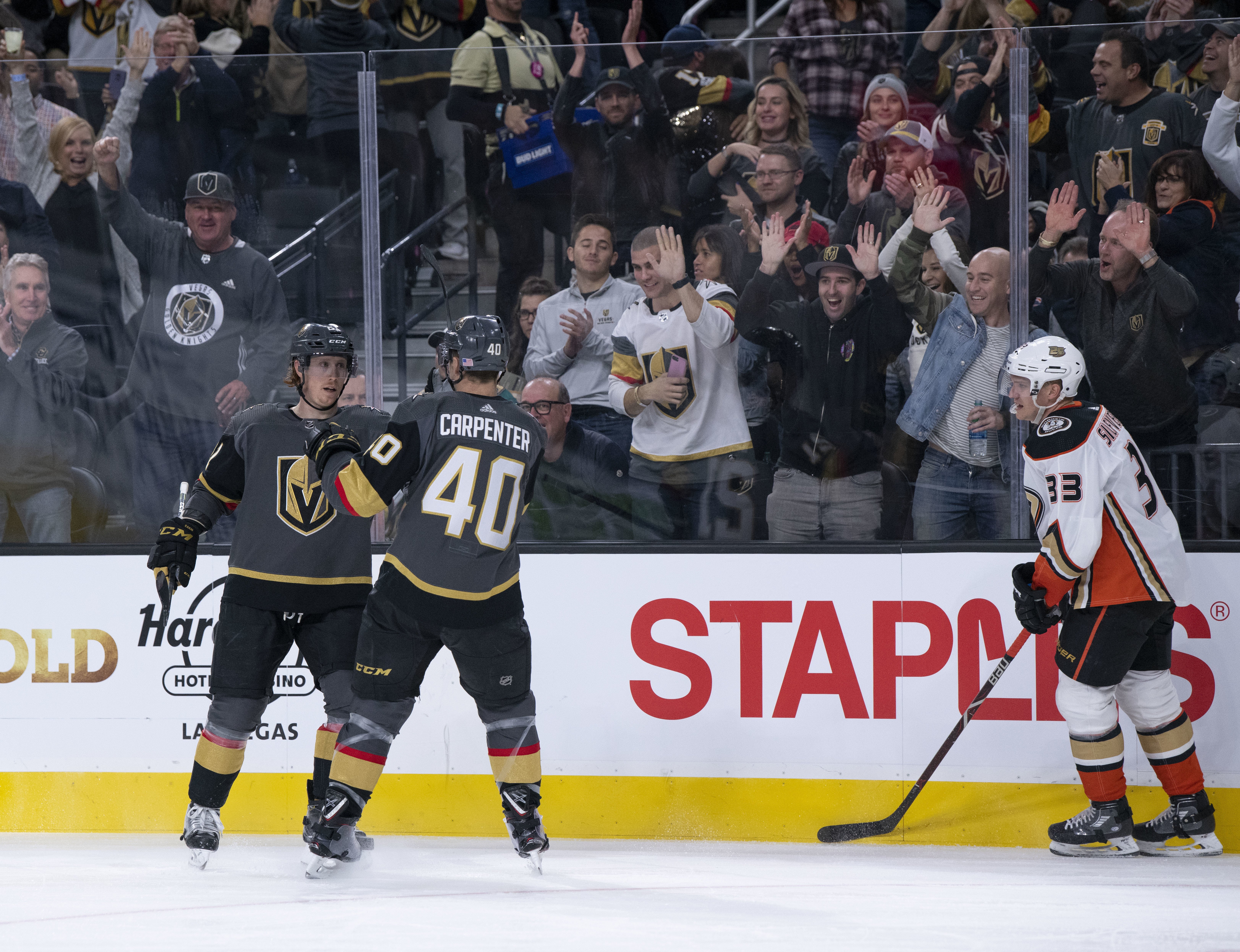 Eakin scores 2, Fleury gets shutout as Vegas beats Ducks 5-0