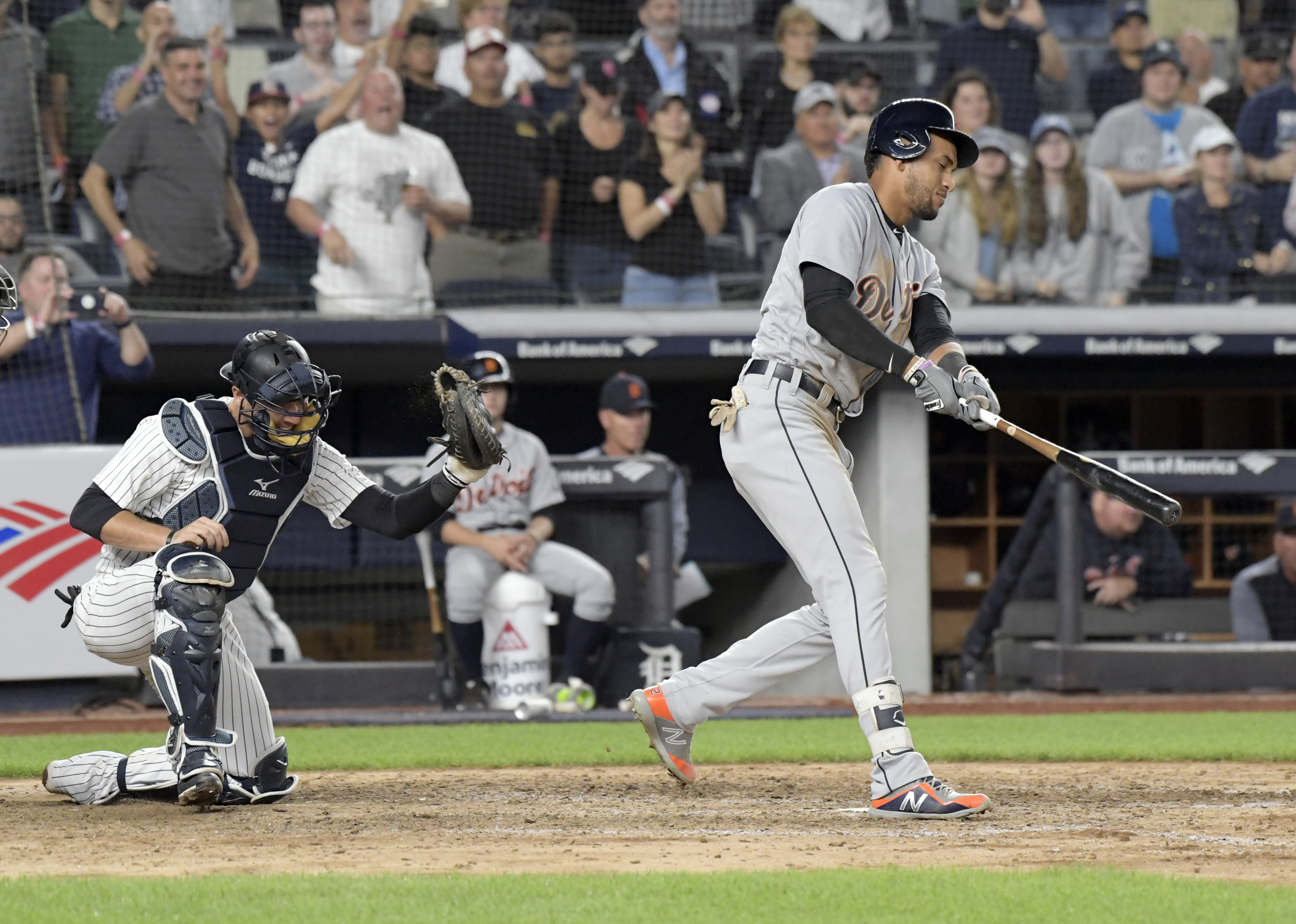 Yankees rally to beat Tigers 7-5