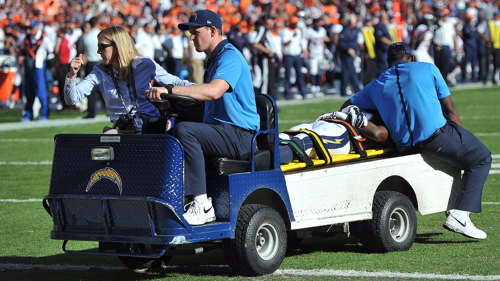 Chargers WR Dontrelle Inman carted off field after hit