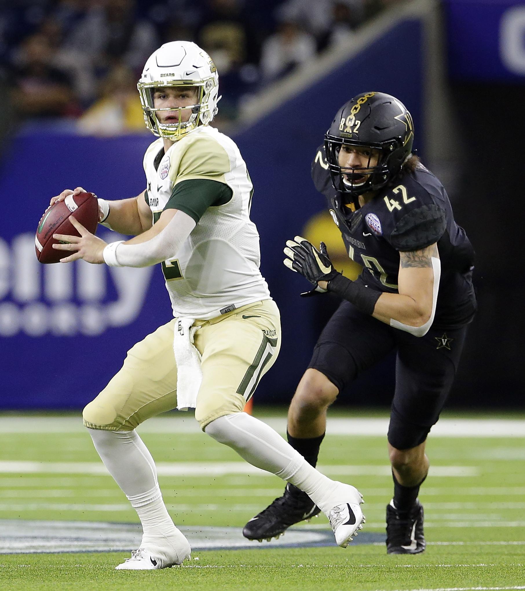 Brewer helps Baylor beat Vanderbilt 45-38 in Texas Bowl