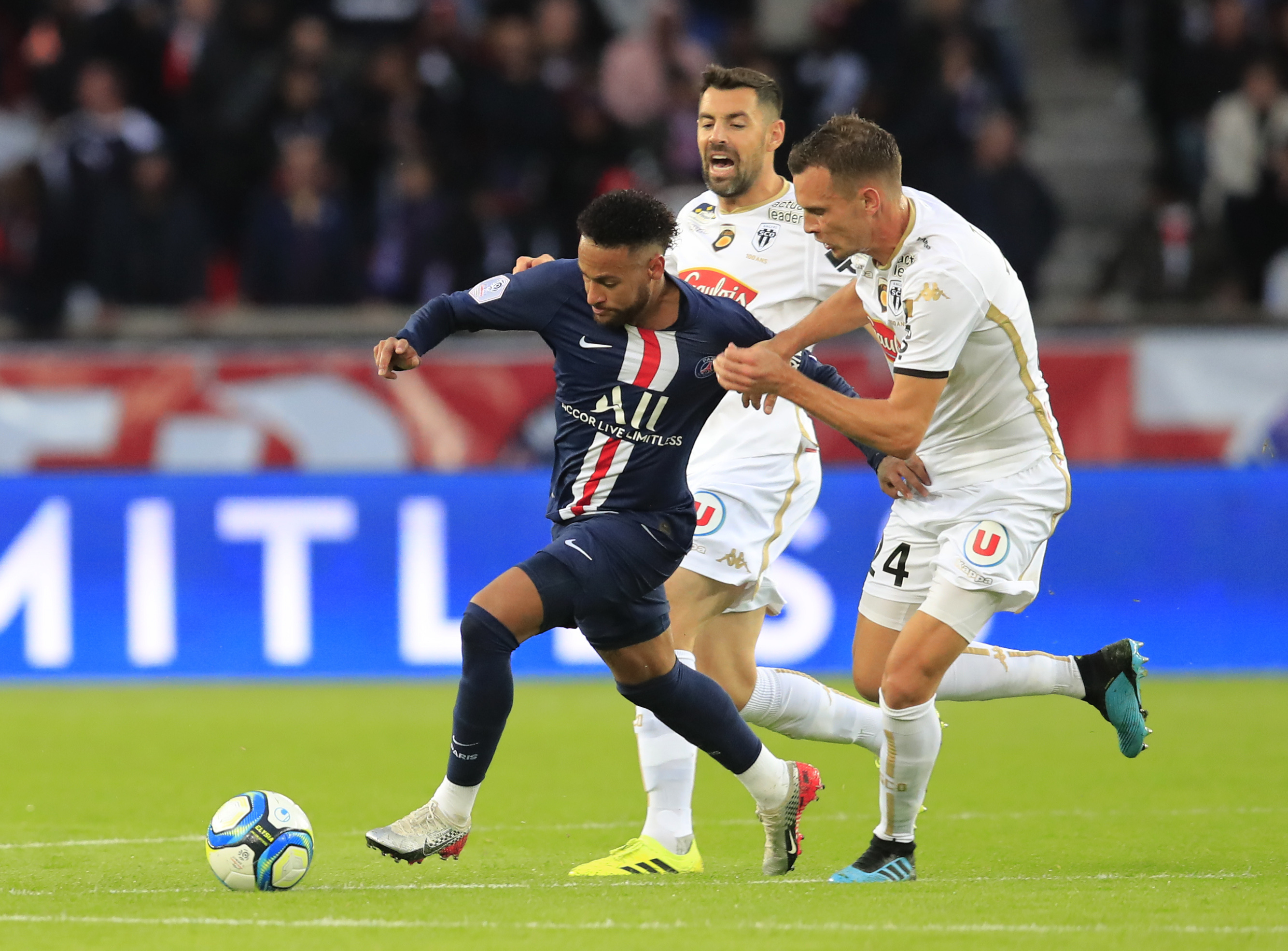 Sarabia stars for PSG in 4-0 win vs Angers, Neymar scores