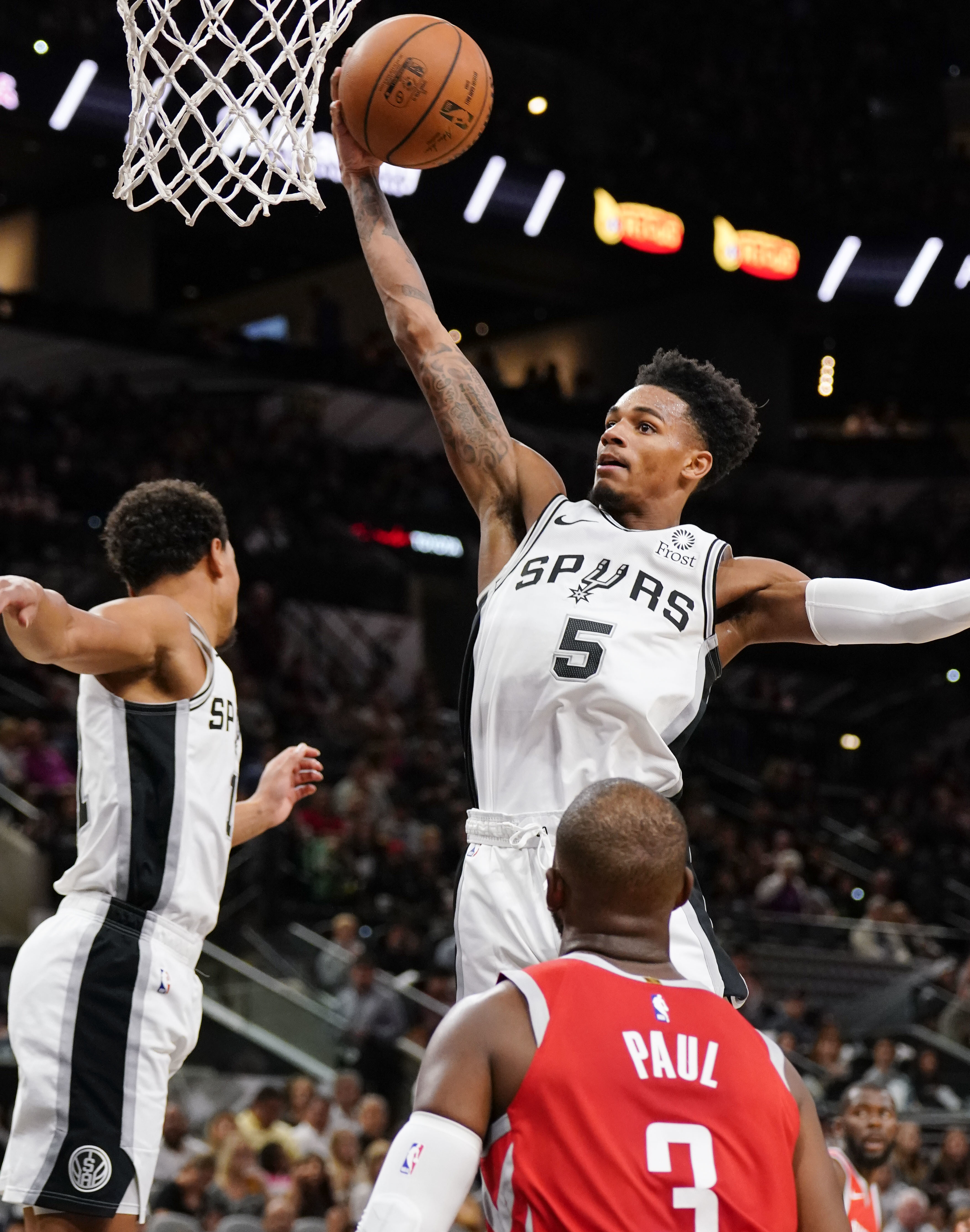 Spurs setback: lose point guard Dejounte Murray to torn ACL