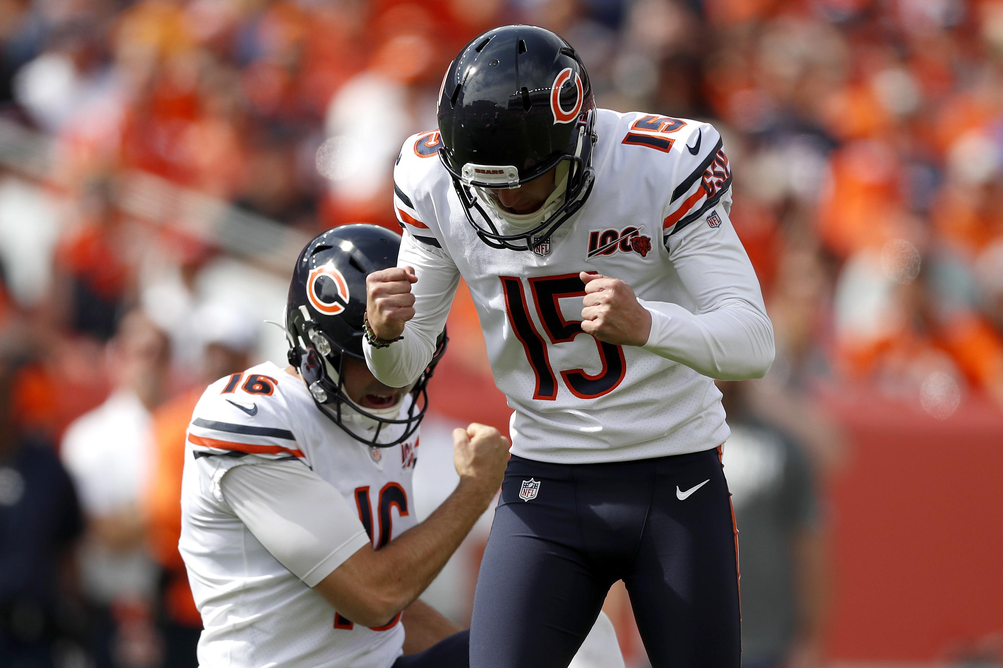 Pineiro's 53-yard field goal lifts Bears past Broncos 16-14