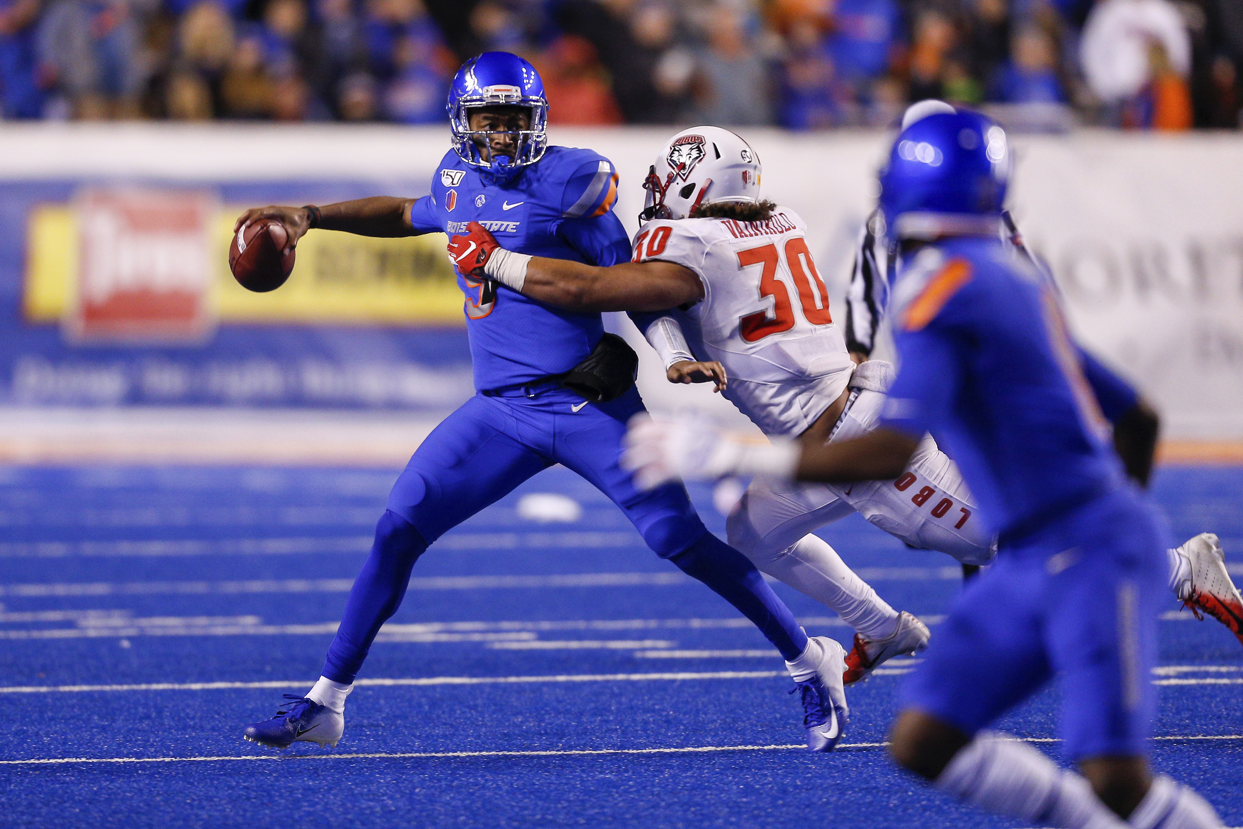 Boise State looking to clinch divisional title vs Utah State