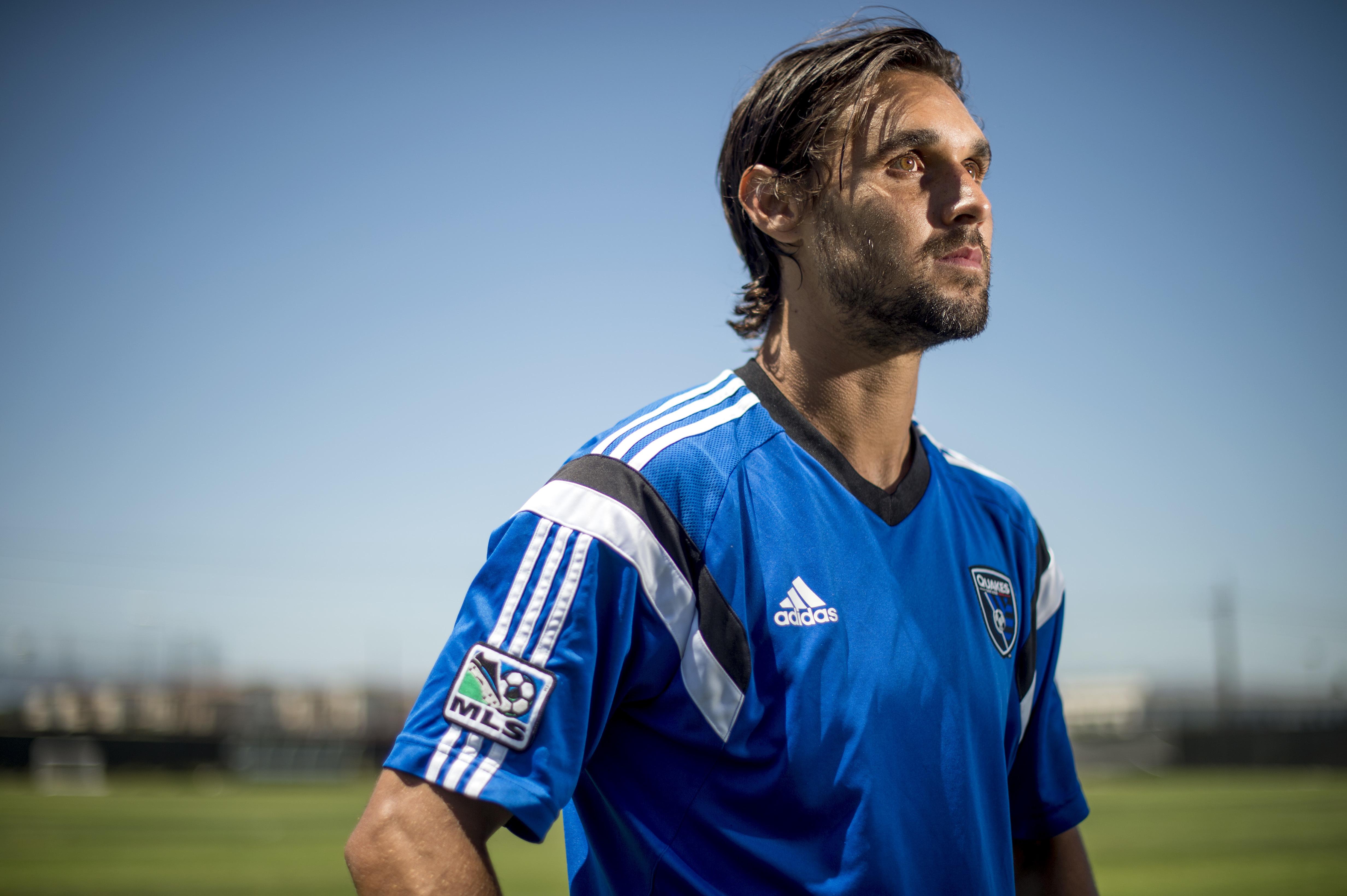 Earthquakes star Chris Wondolowski chases MLS goals record