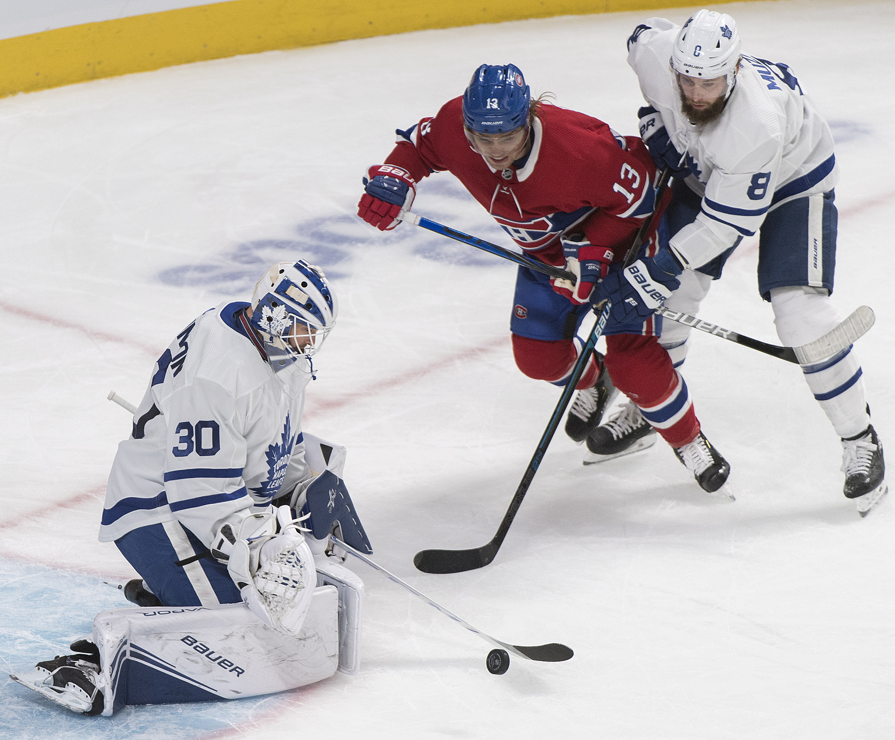 Drouin scores 2 on breakaways, Montreal tops Toronto 5-2