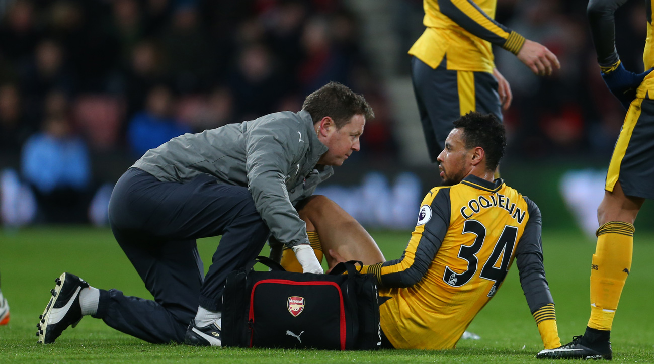 Arsenal's Coquelin faces a month out; Welbeck to return