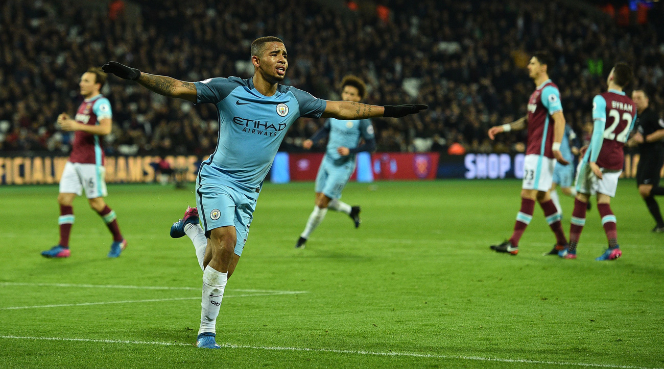 Gabriel Jesus stars in starting role, helps Manchester City rout West Ham