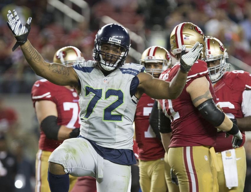 Michael Bennett signs long-overdue extension with Seahawks