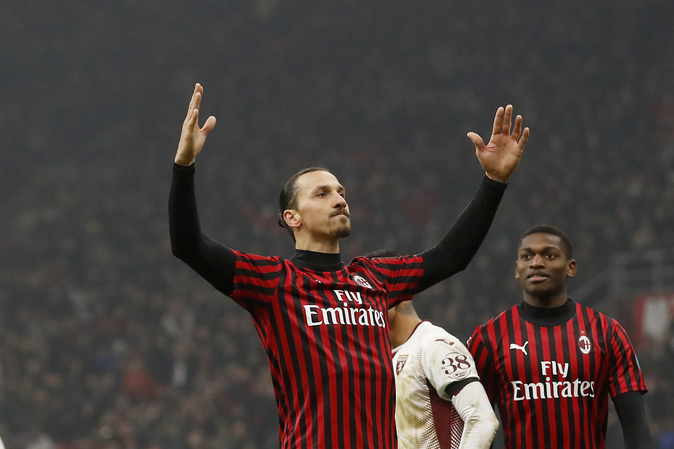AC Milan recalls Diego Laxalt; Juventus offloads Emre Can
