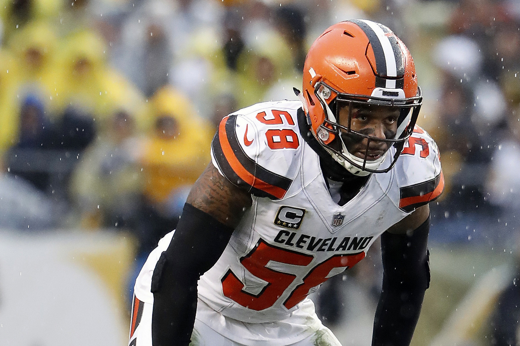 Packers' Kirksey benefits from familiar face in new location
