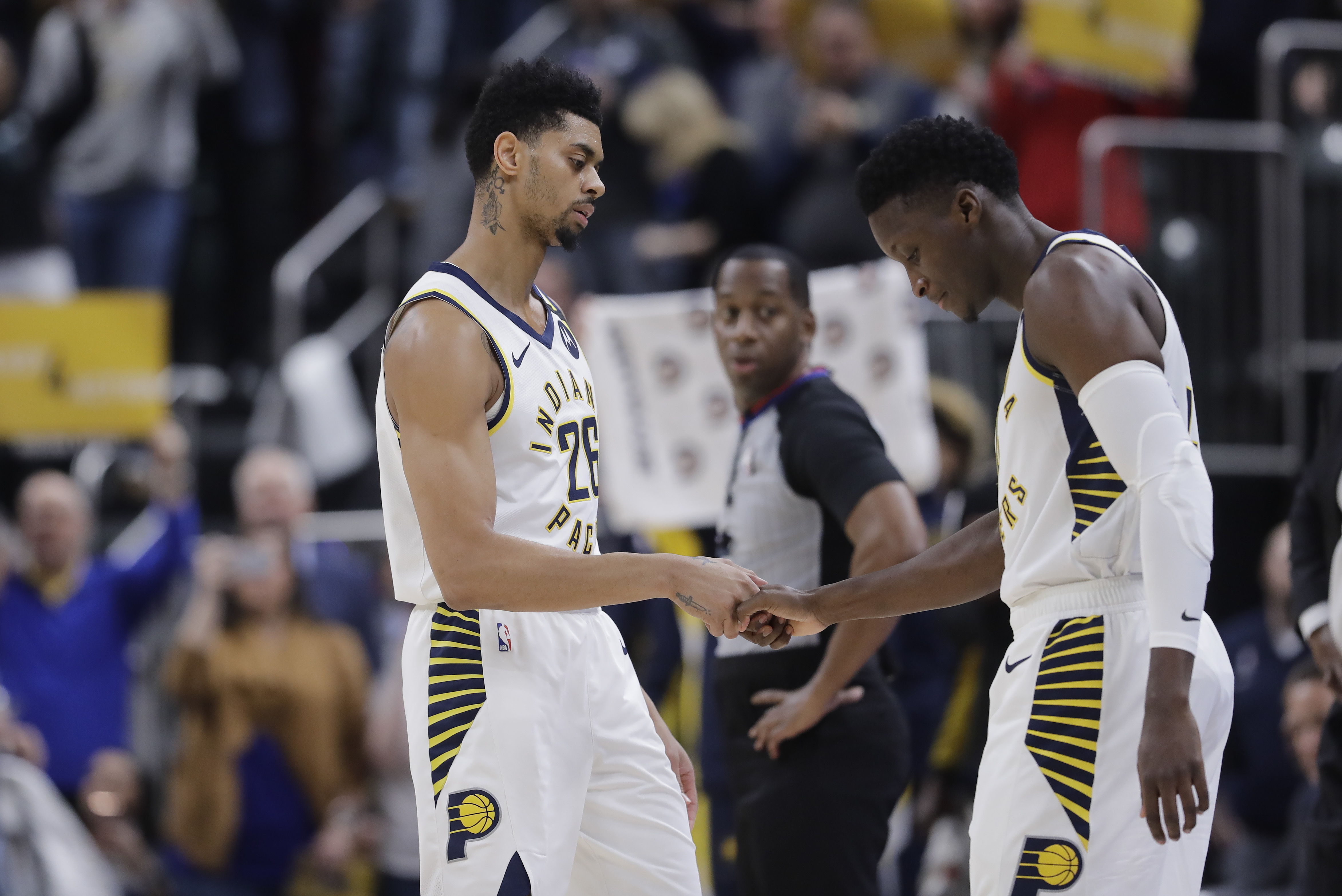 Oladipo spurs late rally as Pacers run past Bulls in OT