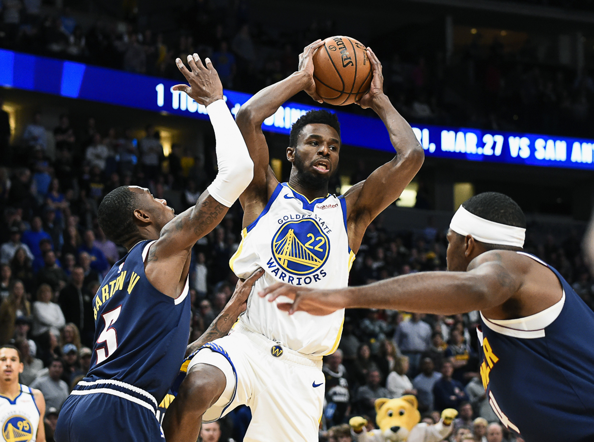 Paschall helps Warriors rally to stun Nuggets 116-100