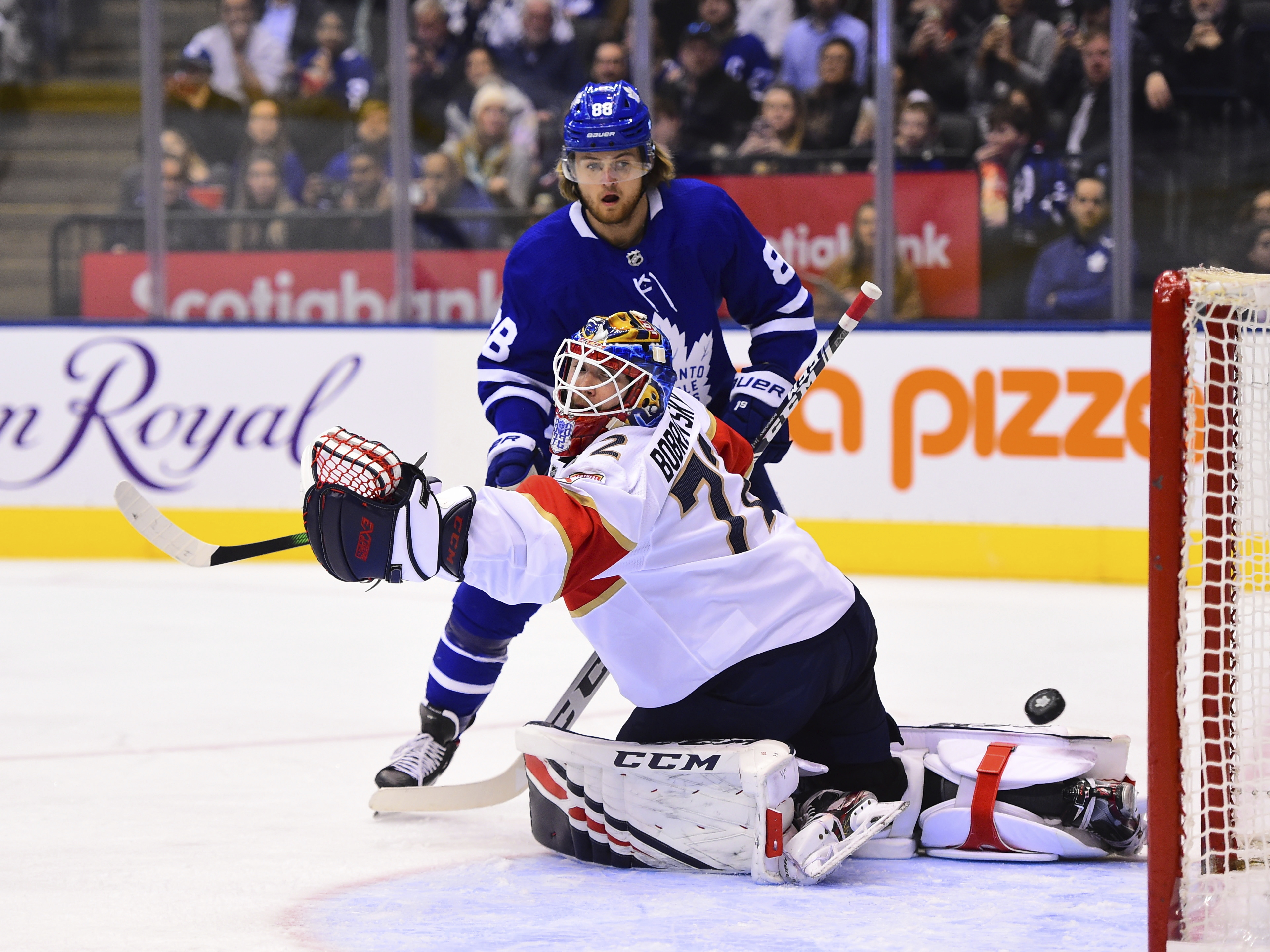 Pysyk scores 3 times as Panthers top Maple Leafs 5-3