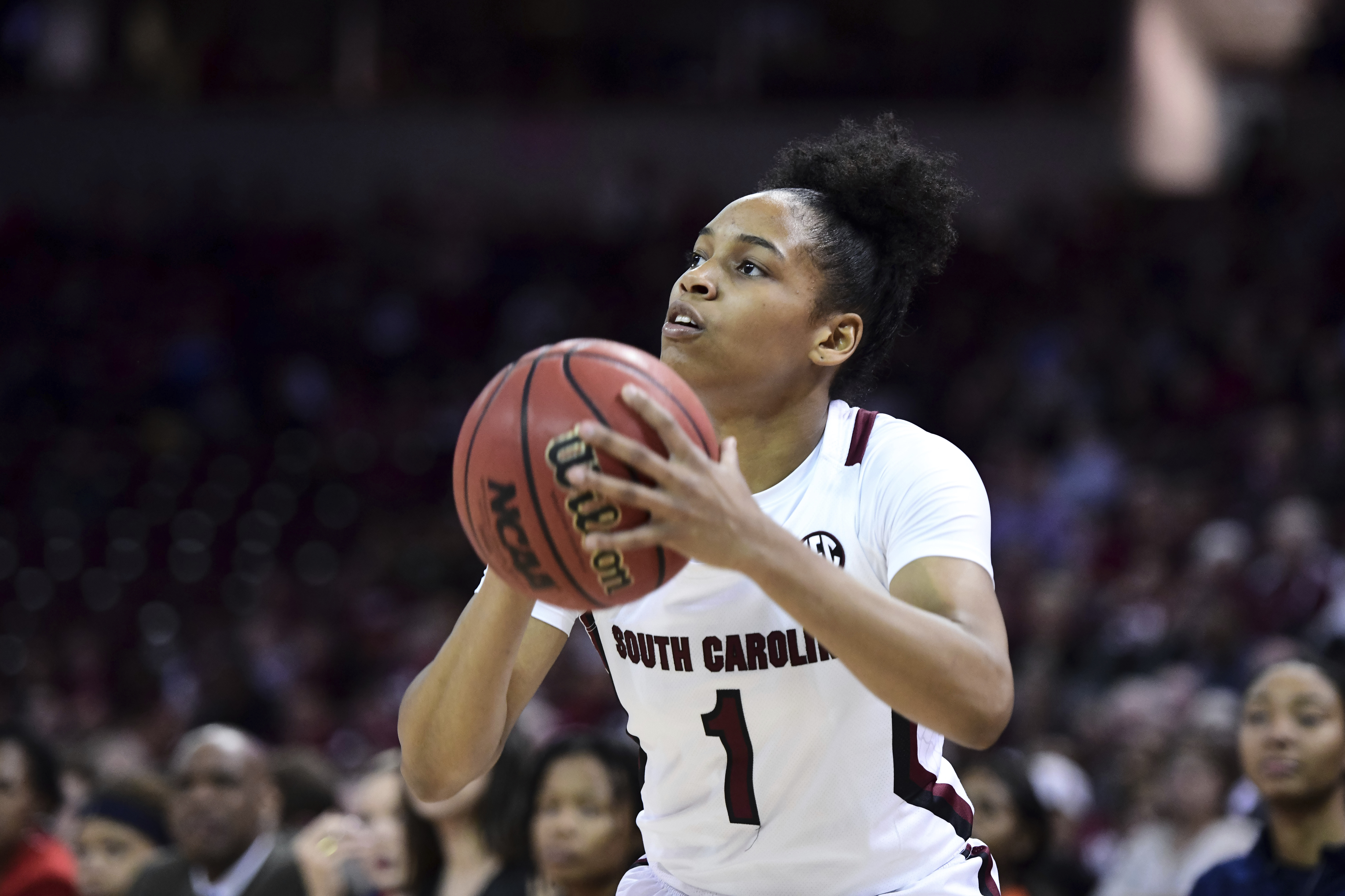 Boston, Cooke lead No. 1 South Carolina past Auburn 79-53