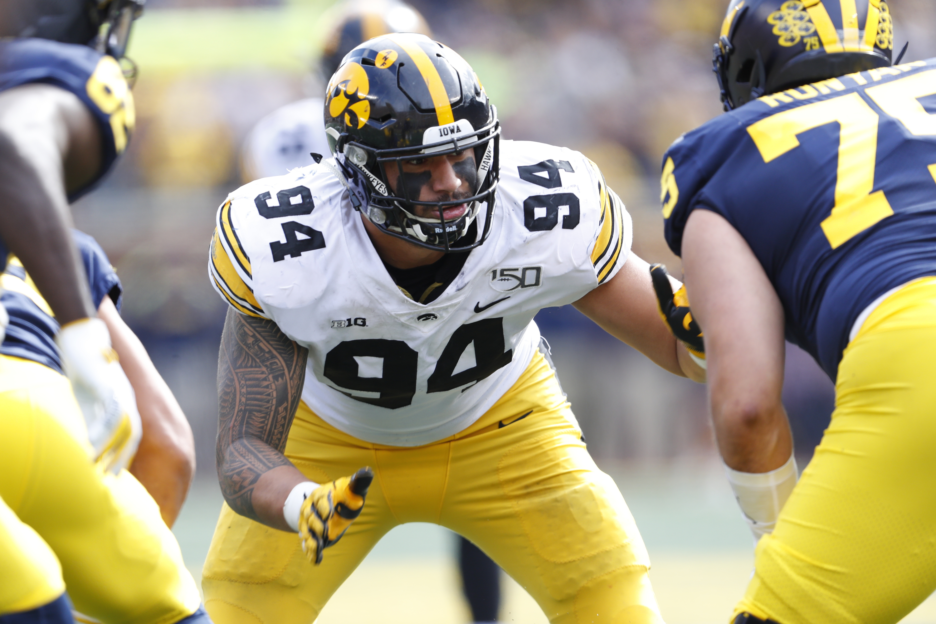 Bills draft Iowa DE AJ Epenesa, Utah RB Zack Moss