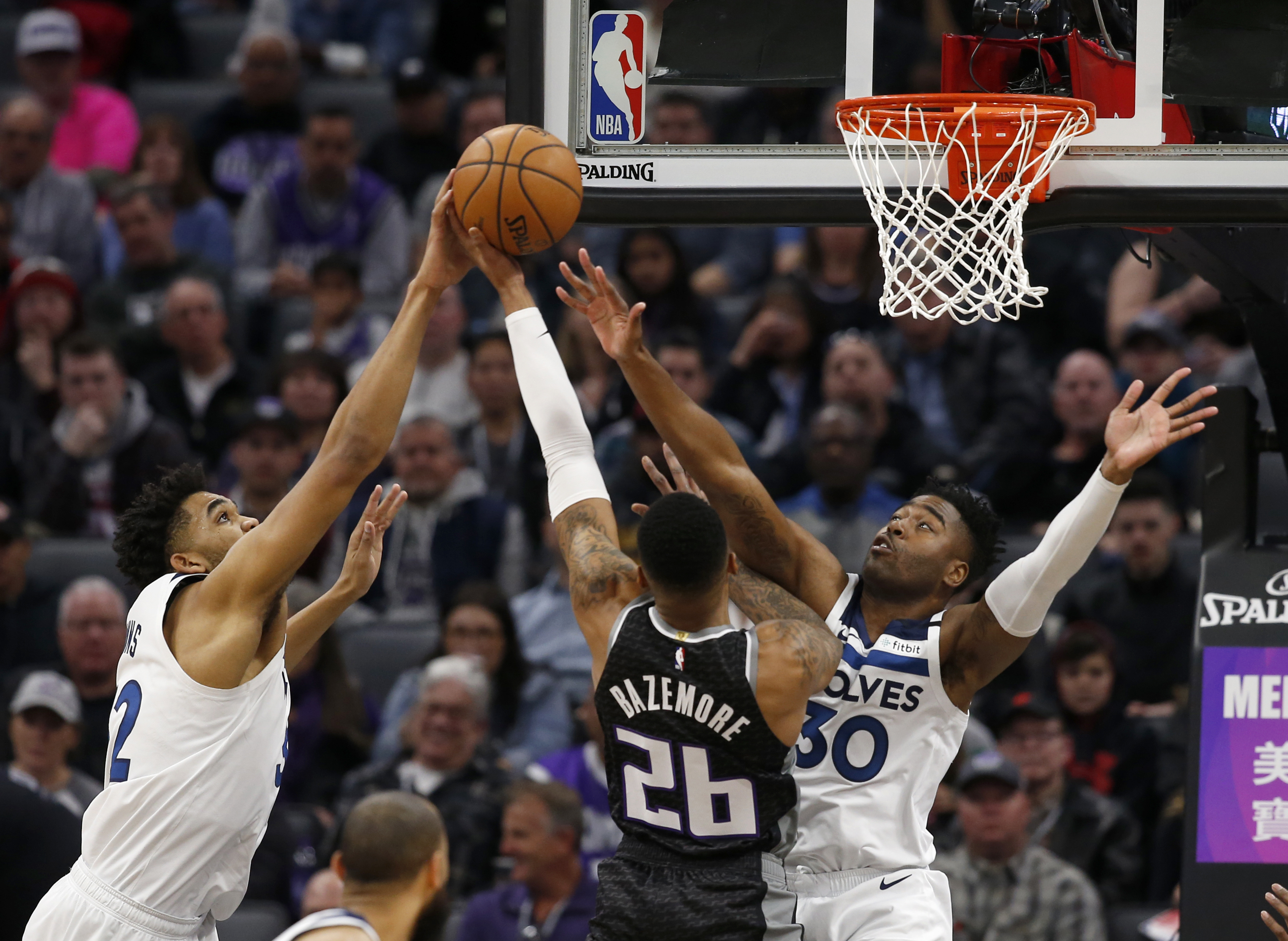 Fox scores 31, Kings send Timberwolves to 12th straight loss