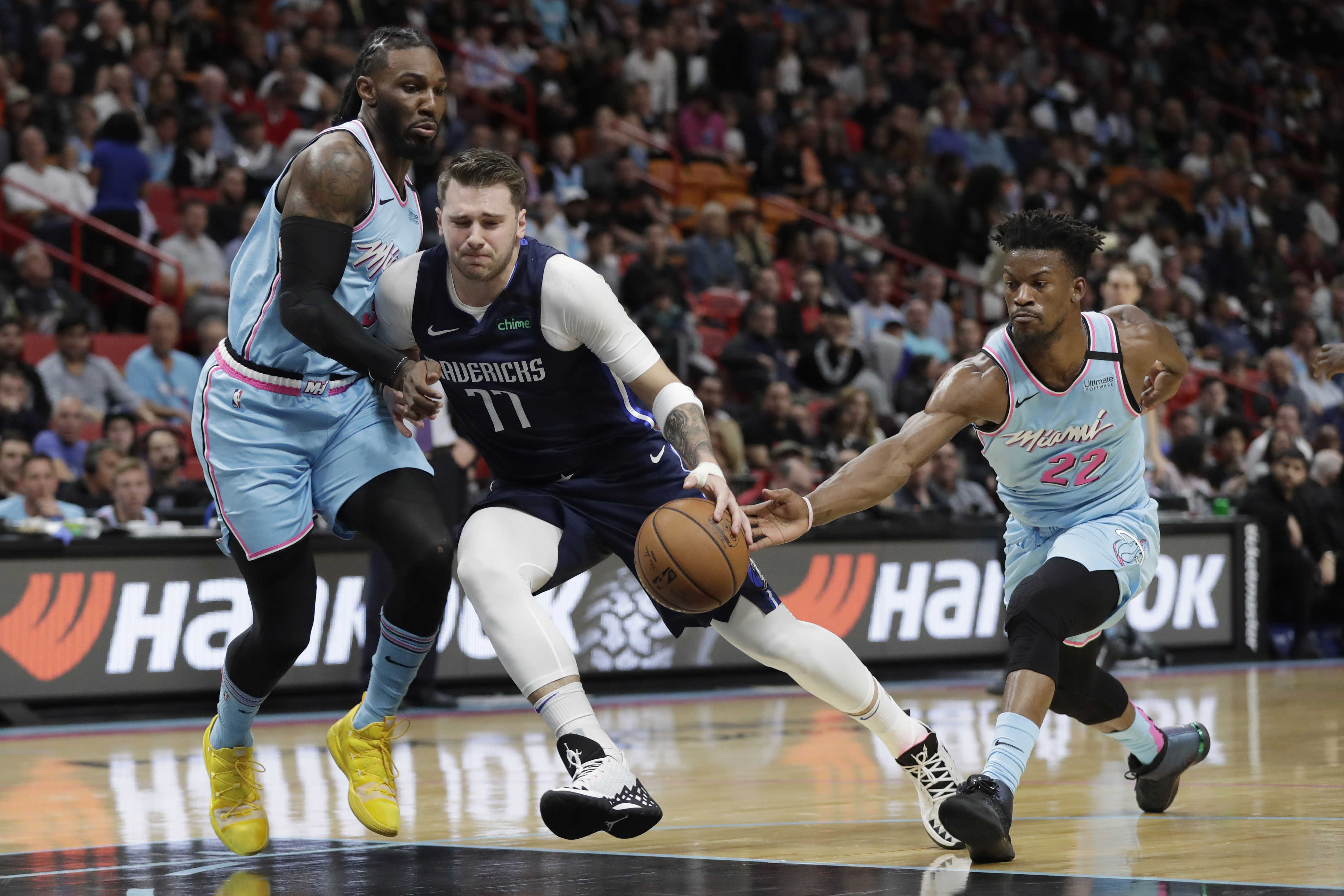 Heat spoil Doncic's 21st birthday, top Mavericks 126-118