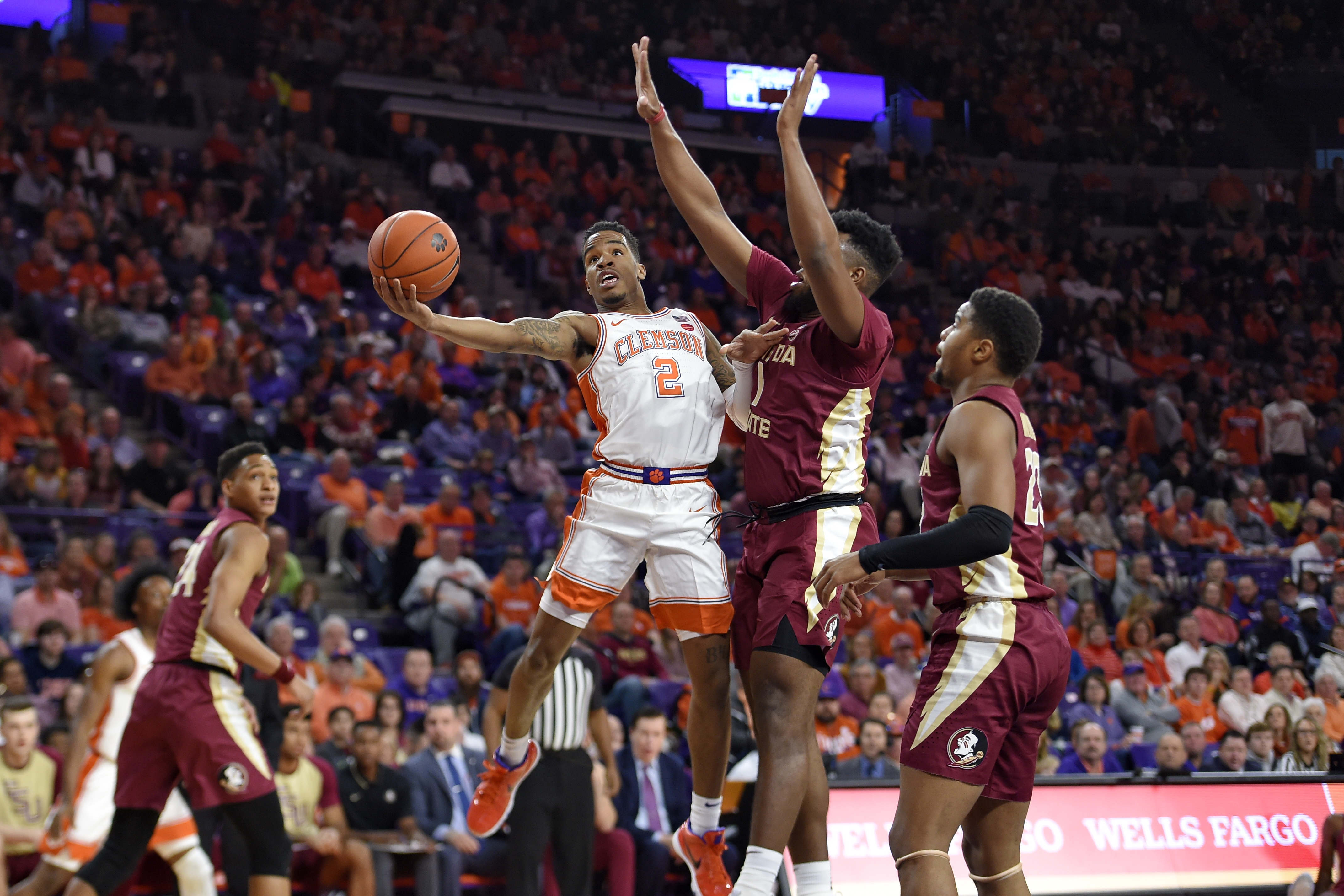Dawes' dash lifts Clemson to 70-69 win over No. 6 Seminoles