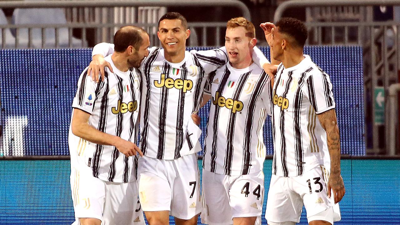 Ronaldo's hat trick, Lamela's unbelievable goal highlight Sunday's soccer lineup