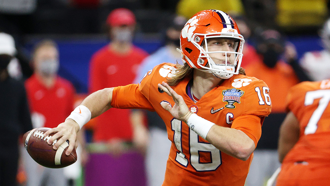 Joel Klatt ranks the top 10 quarterbacks heading into the 2021 NFL Draft