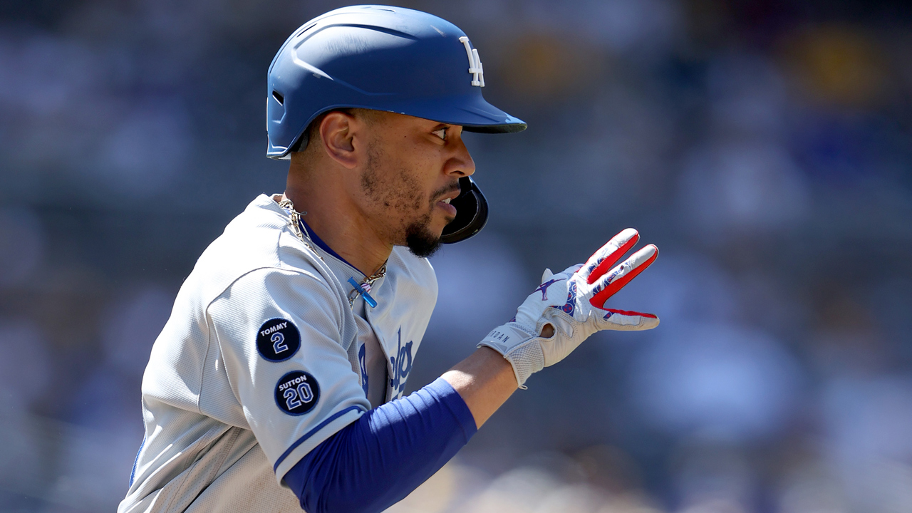 MLB weekly roundup: L.A. Dodgers' Mookie Betts shows off his six-tool stuff